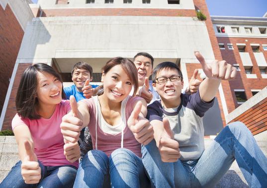 大学生の困ったを解決するウェブマガジン                新入生は要チェック!大学のサークル・部活は、こう選べ!